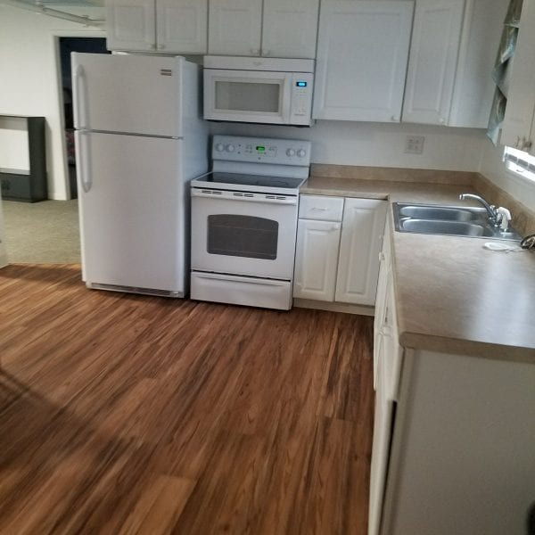 390_11_kitchen